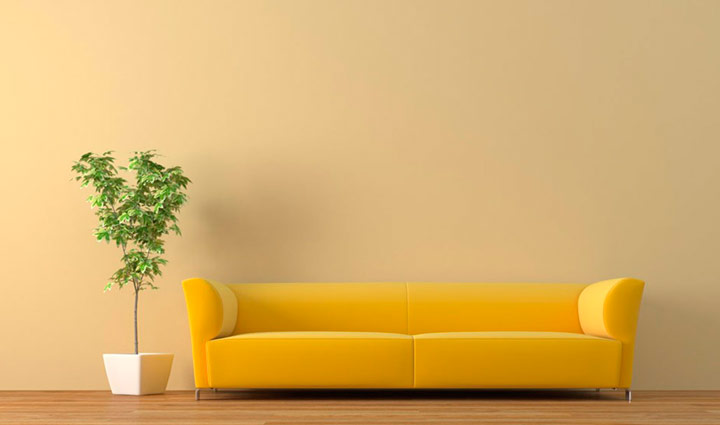 como pintar paredes con sofá amarilo