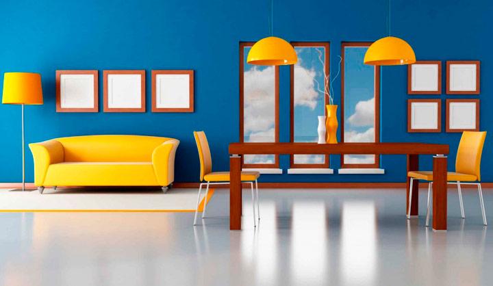 Pintar las paredes azules con sofá amarillo