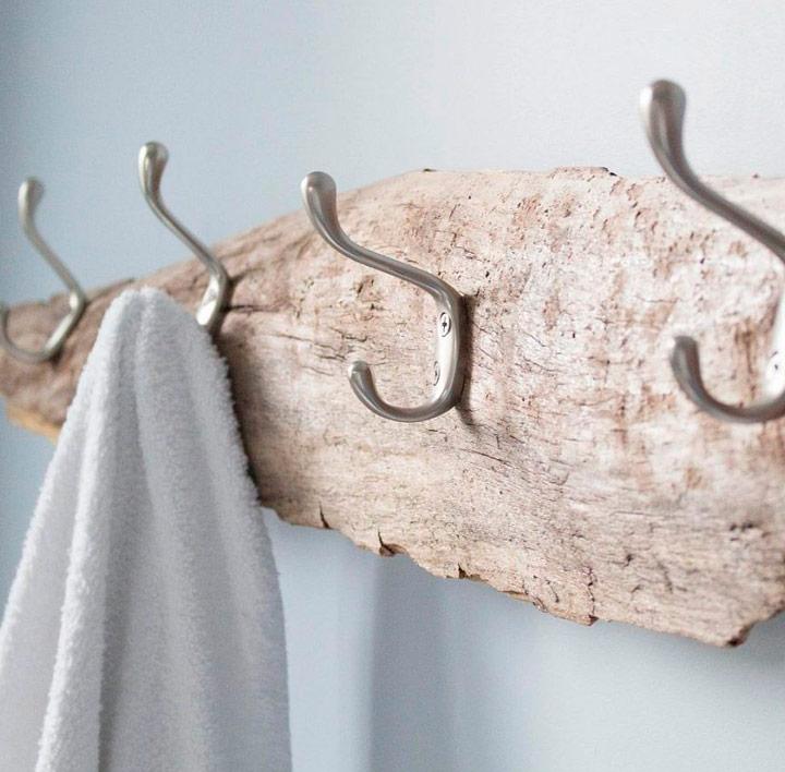 Colgador de toallas DIY original con madera