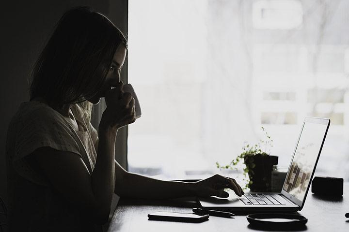 Decorar un estudio bonito y cómodo para trabajar
