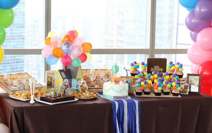 Mesa de gominolas para cumpleaños y fiestas