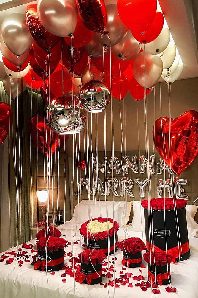 Decoración con globos la cama en San Valentín