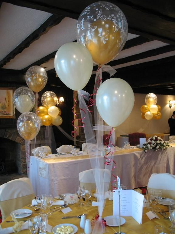 Decoración con globos las bodas de oro 50 años