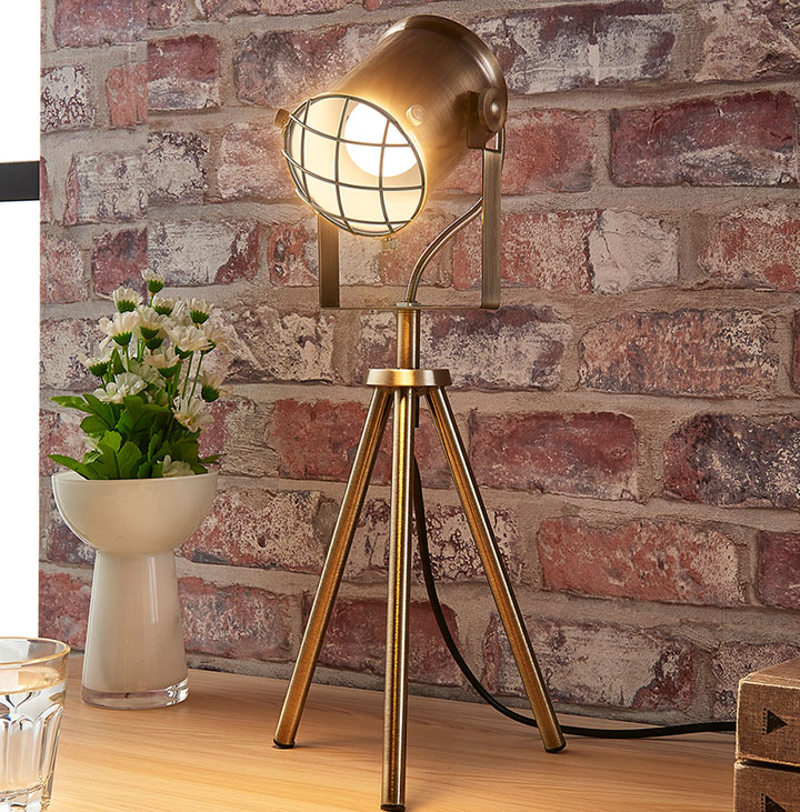 Lámparas de mesa estilo industrial