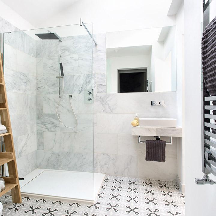 Ideas de baños pequeños con plato de ducha