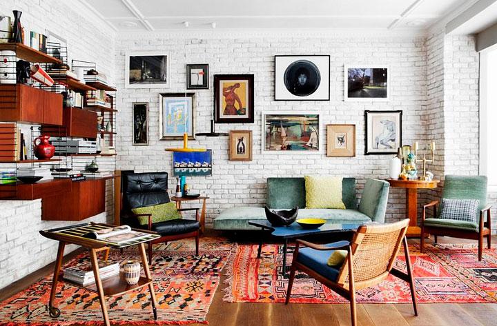 Sala de estar ecléctica estilo retro
