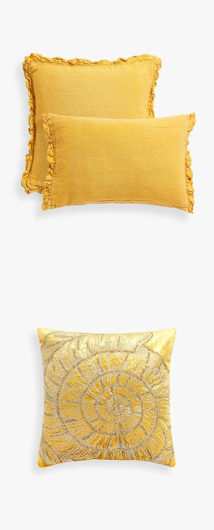 Cojines para la habitación en Zara Home bordados y lisos