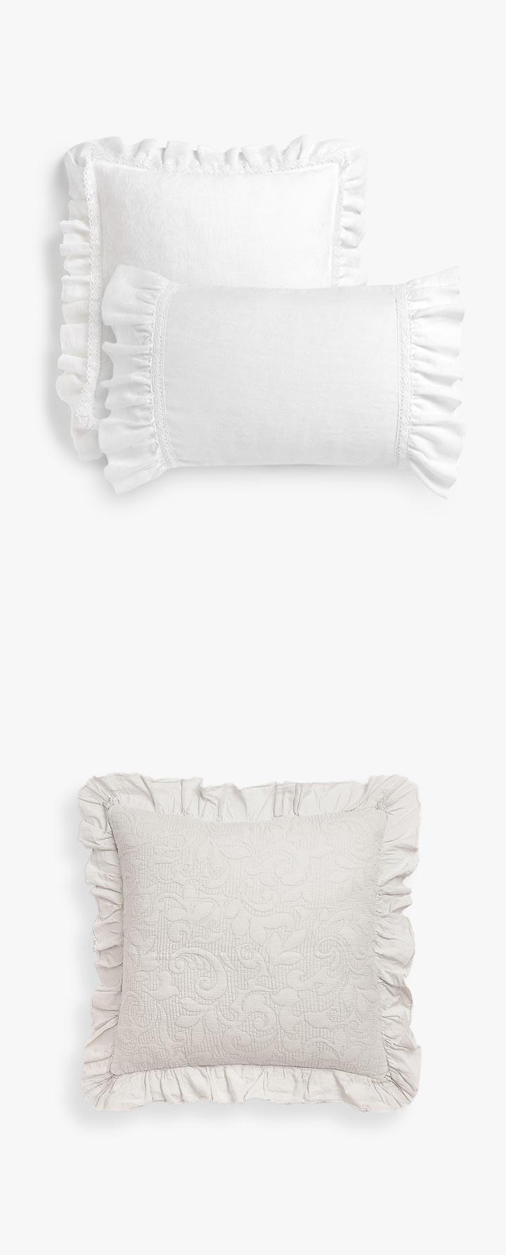 Cojines Zara Home clásicos con blondas y bordados