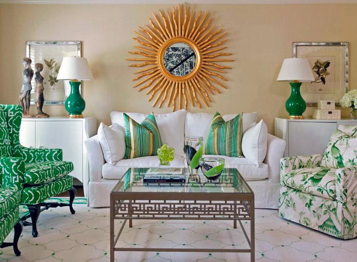 Combinar decoración de color verde y dorado