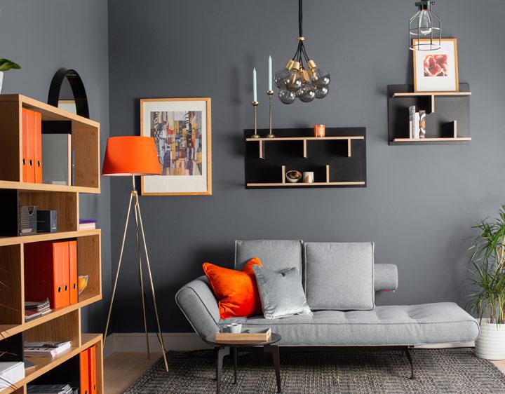 Colores que combinan con el naranja y el gris en decoración