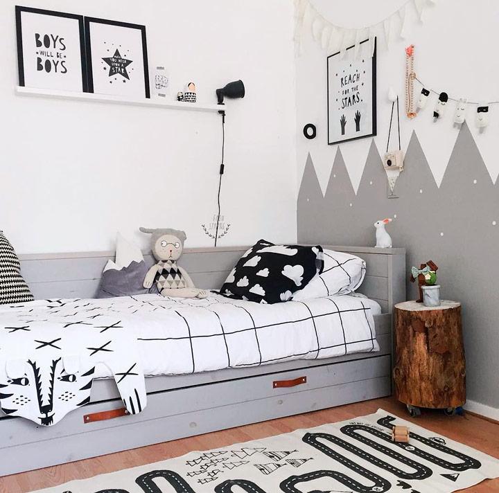 Decorar habitación blanco y negro para niñas