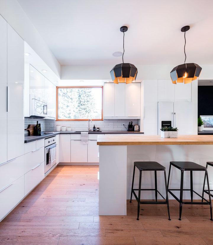 Cocinas modernas en color blanco y negro