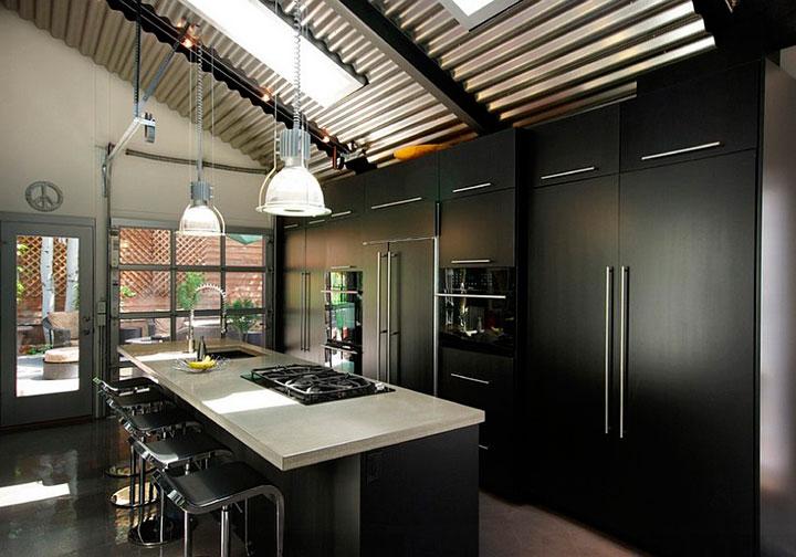 Cómo iluminar cocinas decoradas en blanco y negro