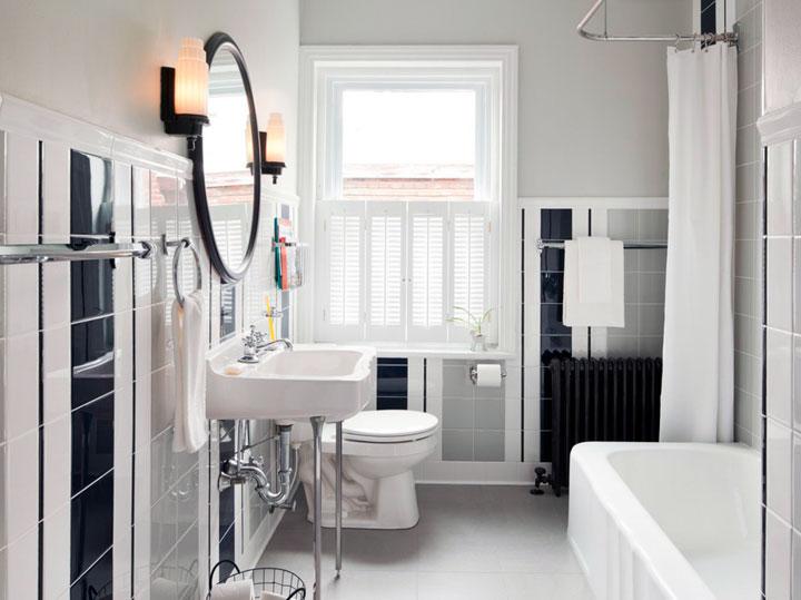 Baño blanco y negro estilo retro