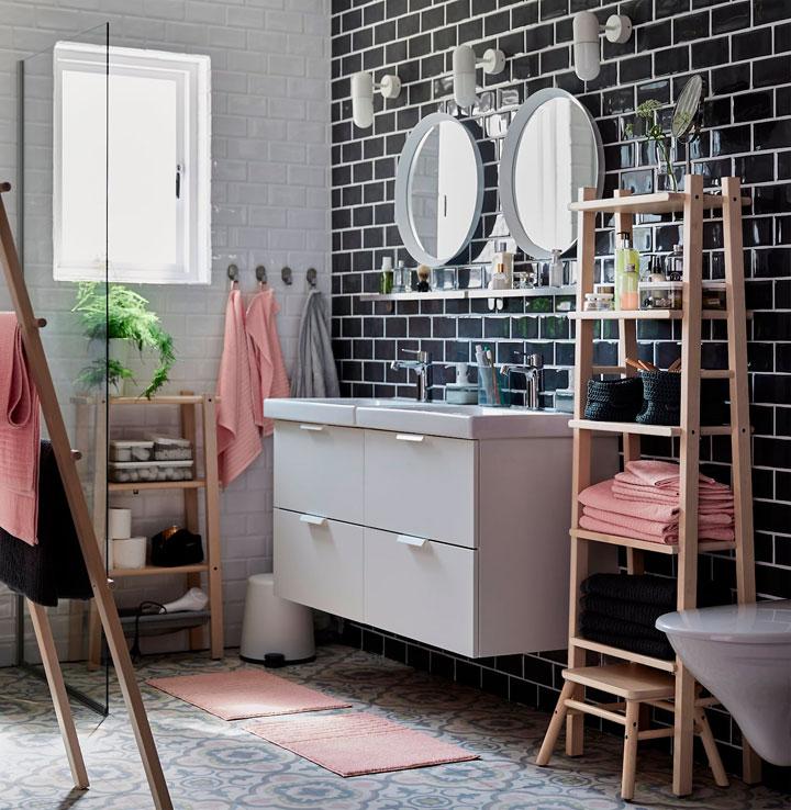 Fotos de baños en blanco y negro estilo vintage