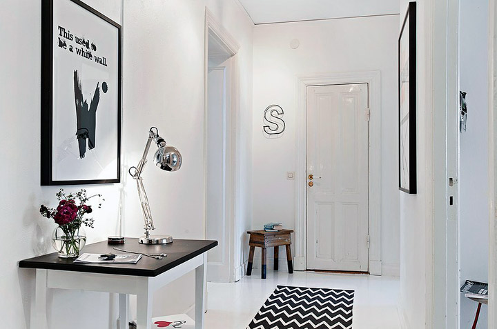 Recibidores Blanco y Negro: Claves de Decoración