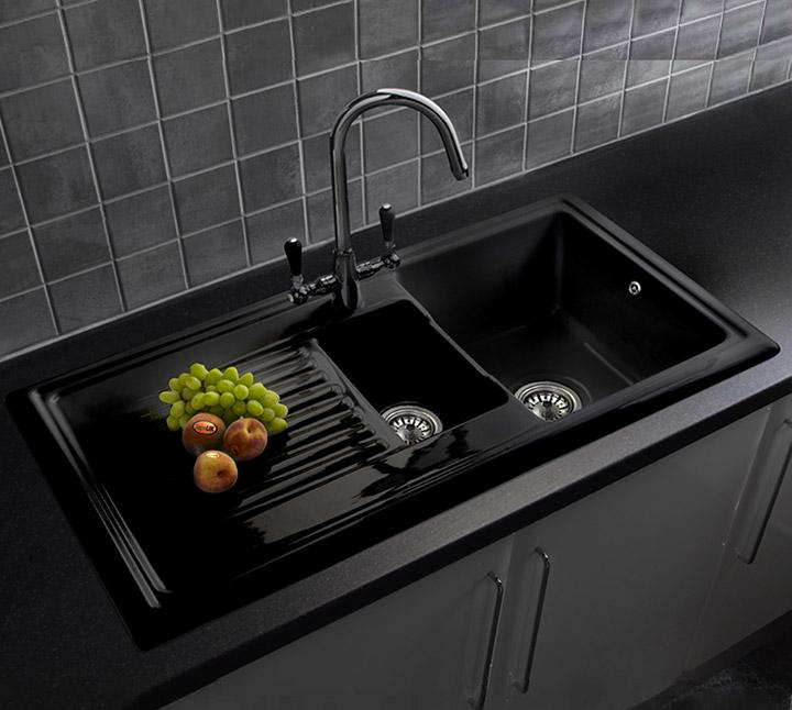 Fregadero de cocina color negro