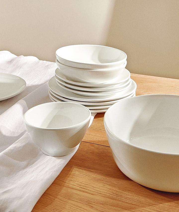 Vajillas Zara Home blancas modernas