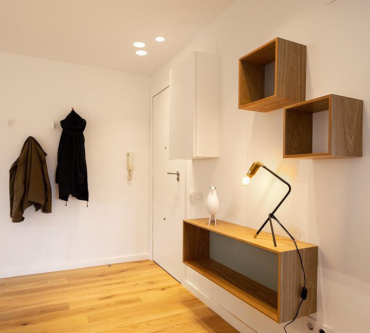 Reforma del recibidor en un piso de Barcelona