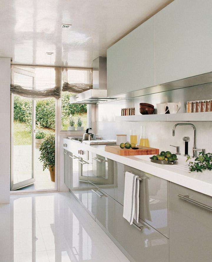 Cocinas de diseño alargadas y modernas
