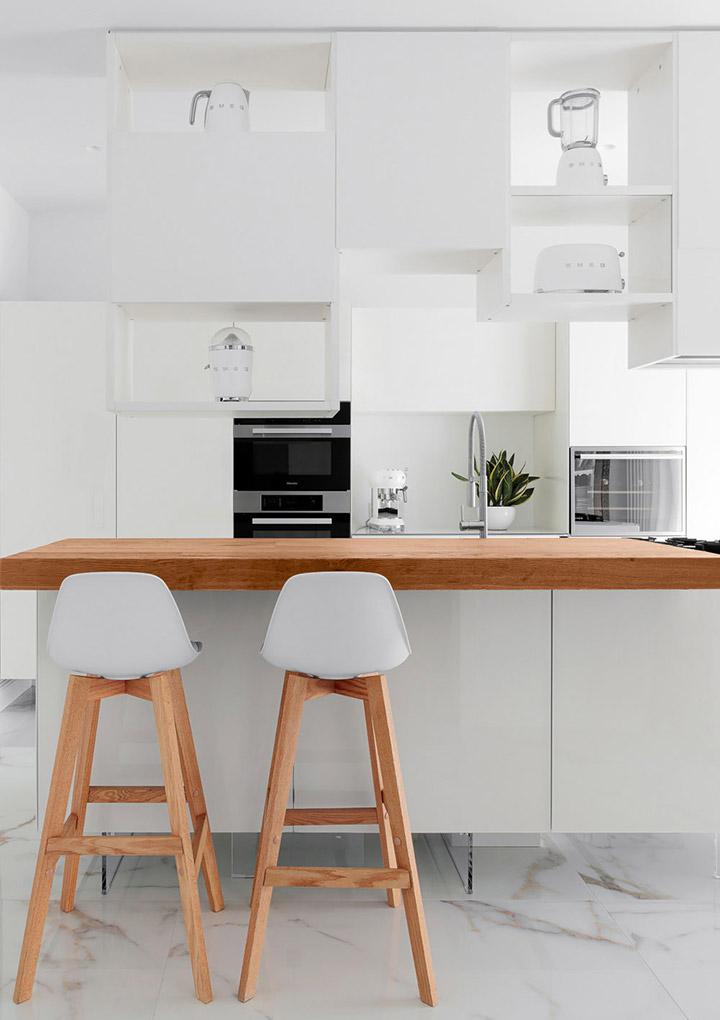 Cocina de diseño pequeña minimalista